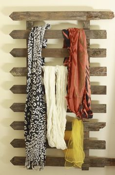 DIY Fence Scarf Storage…was going to just buy a towel rack, but may have to check Home Depot for a fence piece instead! DIY Fence Scarf Storage…was going to just… Scarf Organization, Storage Organization, Storage Racks, Door Storage, Scarf Holder, Scarf Rack, Scarf Display, Scarf Storage, Old Fences