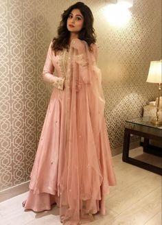 Hina Khan in Kalki Apricot Orange Short Kurta Suit In Cotton Silk With Flared Palazzo Pants Indian Gowns Dresses, Indian Fashion Dresses, Indian Designer Outfits, Designer Dresses, Pakistani Clothing, Shadi Dresses, Flapper Dresses, Pakistani Dresses, Simple Anarkali Suits