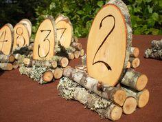 Holz Hochzeit Tisch Zahlen rustikale trauung 1-8 von aTwistOfNature