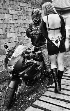 www.bikerchick.hu