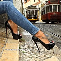 Boots are truly stylish and there is wide choice from flat-heels to stilettos, wedges, and platforms, boots are everything in between. High Heels Boots, Platform High Heels, Black High Heels, Shoe Boots, Stilettos, Pumps Heels, Stiletto Heels, Shoes Sandals, Jeans With Heels