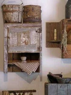 Bathroom , Country Primitive Bathroom Decor : Primitive Bathroom Decor With Wood. - Bathroom , Country Primitive Bathroom Decor : Primitive Bathroom Decor With Wooden Buckets And Medi -