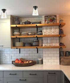 Kitchen Interior, New Kitchen, Kitchen Decor, Kitchen Ideas, Awesome Kitchen, Kitchen Shelves, Bathroom Shelves, Country Kitchen, Kitchen Furniture