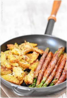 Spargel im Schinkenmantel mit Parmesankartoffeln - Kleines Kulinarium