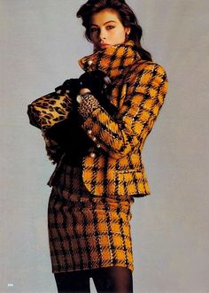 1989 US Vogue ''Suitable Plaids''. Photo Walter Chin
