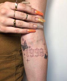 Tribal Tattoos, Tattoos Geometric, Dainty Tattoos, Dope Tattoos, Pretty Tattoos, Mini Tattoos, Leg Tattoos, Body Art Tattoos, Small Tattoos
