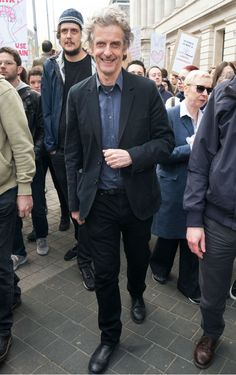 Doctor Who's Peter Capaldi spent his Saturday morning joining in the London March for Science - DigitalSpy.com