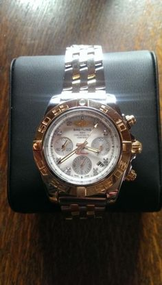 Breitling Chronomat 41 in gold / stainless steel version Breitling Chronomat, Stainless Steel Case, Michael Kors Watch, Affair, 18k Gold, Watches, Beautiful, Men, Accessories