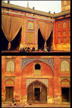 Wazir Khan Mosque, Lahore, Pakistan (photo by Saira Niazi)