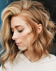 42 Chic Medium Length Layered Hair Side Parted A line Medium Hairstyles – Farbige Haare Medium Length Hair With Layers, Medium Short Layered Hair, Medium Length Hair Blonde, Layered Lob, Hair Medium, Medium Long, Medium Brown, Brown Blonde Hair, Red Hair Lob