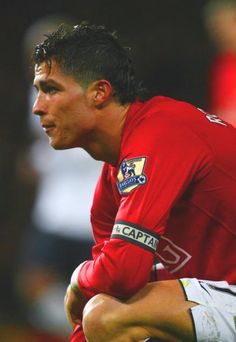 Cristiano Ronaldo on Man United World Best Football Player, Good Soccer Players, World Football, Cristiano Ronaldo Manchester, Cristiano Ronaldo Cr7, Fc Barcelona, Champions League, Real Madrid, Ronaldo Pictures