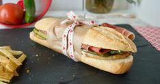 Serranito+sevillano,+el+mejor+bocadillo+que+se+ha+inventado+#jamónts Tapas, Sandwiches, Best Sandwich, English Food, Coffee Break, Burritos, Hot Dogs, Hamburger, Appetizers