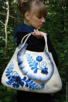 """Купить Сумка """"Гжель-1"""" - гжель, войлок, шерстяная сумка, войлочная сумка, креативная сумка ♡"""