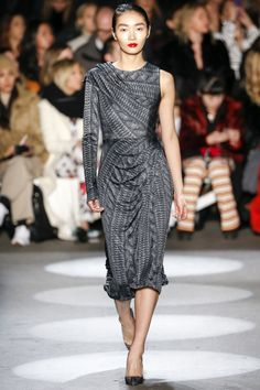 Christian siriano spring 2015 ready to wear fashion show christian