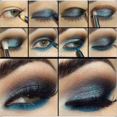 Somehow this eye make-up reminds me of flying at night. Beautiful Eye Makeup, Love Makeup, Diy Makeup, Makeup Looks, Teal Makeup, Awesome Makeup, What Is Contour Makeup, Makeup Contouring, Makeup Eyes