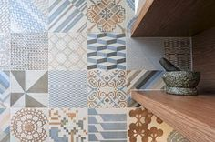 eat.bathe.live :: middle park kitchen designed by eat.bathe.live - azulej tiles by patricia urquiola