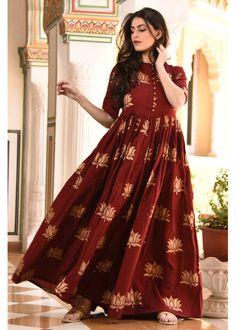 Shop Lotus Print Dress from Shoprapy ! Cotton Dress Indian, Cotton Long Dress, Long Gown Dress, Dress Indian Style, Cotton Dresses, Frock Dress, Indian Outfits, Frock Fashion, Women's Fashion Dresses