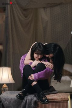"Gfriend ""Time for the moon night"" MV Behind Kpop Girl Groups, Korean Girl Groups, Kpop Girls, Extended Play, K Pop, Friendship Photoshoot, Bff, Gfriend Album, Korean Best Friends"