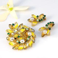 Juliana Rhinestone brooch earrings and yellow emerald green givre pin set
