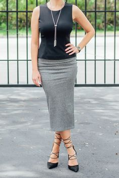 A skirt with a comfortable fit? Say no more! You'll fall in love with this knit pencil skirt from Daisy Fuentes!