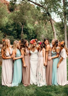 Consider a few of these tips for saving your bridesmaids money as you plan bridal party looks, activities, gifts, and accommodations. Summer Wedding, Dream Wedding, Wedding Dj, Wedding Goals, Perfect Wedding, Wedding Stuff, Wedding Venues, Mismatched Bridesmaid Dresses, Bridesmaid Tips