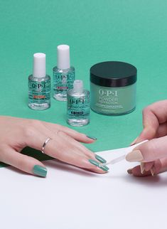 'My Dogsled Is A Hybrid' and my nails are a soak off.  OPI Powder Perfection delivers an acrylic look with a damage free removal.