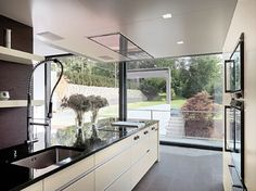 tchn Mag inspires with of global kitchen design ideas for more sophisticated and gracious family living in the heart of your home. Kitchen Interior, Home Interior Design, Stone Interior, Design Kitchen, Houses In Germany, Garden Bedroom, Cabinet Decor, Kitchen Countertops, Kitchen Taps