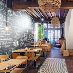 Restaurant De Kippenhal gaat door onder de nieuwe naam Pluimage. Alles hierover in de nieuwe blog > haarlemcitynlog.nl | link in bio #haarlemcityblog #haarlem #pluimage #spekstraat #hotspot #kip