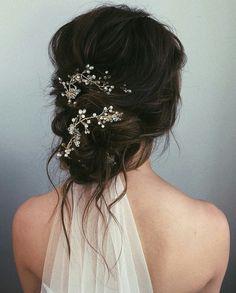 Medium Length Updo, Medium Hair Styles, Long Hair Styles, Simple Wedding Hairstyles, Long Hair Bridal Hairstyles, Evening Hairstyles, Short Hairstyle, Hairstyle Ideas, Bridal Hair Vine