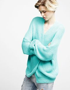 Knit using the ultra soft Shiny Happy Cotton, the Vivienne Cardigan is a simple and stylish piece you'll want to don to multiple events and occasions. Cardigan Pattern, Knit Cardigan, Blue Cardigan, Cotton Cardigan, Knitting Kits, Knitting Ideas, Knitting Projects, Knitting Patterns, The Vivienne