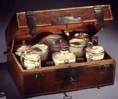 Factory: Dihl et Guérhard (French, 1781–ca. 1824) (Manufacture de Monsieur Le Duc d'Angoulême, until 1789) Date: ca. 1788 Culture: French, Paris Medium: Hard-paste porcelain Dimensions: H. 4 1/8 in. (10.5 cm.)