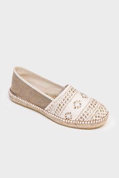 58 Women Footwear That Look Fantastic - Women Shoes Styles & Design Pretty Shoes, Cute Shoes, Me Too Shoes, Ella Shoes, Shoe Wardrobe, Espadrille Shoes, Sandals, Everyday Shoes, Leather Espadrilles