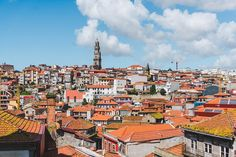 2 weeks in Portugal is the perfect amount of time to get a taste of the country. Visit Porto, Libson, Lagos & more in this complete Portugal itinerary. Portugal Travel, Spain And Portugal, Spain Travel, Kayak Tours, Boat Tours, Floating Boat Docks, Great Places, Places To Visit, Plan My Trip