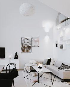 """4,413 Likes, 12 Comments - EIRIN KRISTIANSEN (@eirinkristiansen) on Instagram: """"Cozy mornings at home.. ☁️ #scandinavianhome #livingroomdecor #interiorinspo"""""""