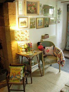 Shabby Chic Home Decor Decor, Cozy House, Cottage Interiors, Interior, Cottage Chic, Cottage Decor, Home Decor, House Interior, Cozy Cottage