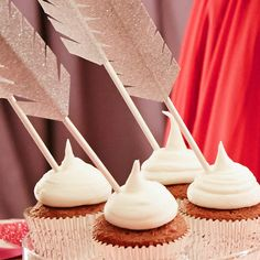 Add a flirty touch to your cupcake 