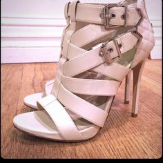 "Aldo Cream Zip Back Heels ▪️ Quilted with buckles ▪️ 4"" Heel ▪️ Zips in Back  ▪️ Minimal Wear on bottoms ▪️ Great Condition  ▪️ Brand Aldo ▪️ Size 7 ALDO Shoes Heels"