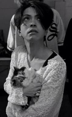 Hyde---How to be that cat....