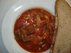 Ohnivá gulášová polévka | Svět dobrého jídla Czech Recipes, Meatloaf, Chili, Cooking, Health, Food, Kitchen, Chile, Health Care