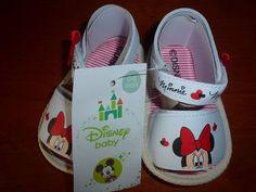 Sandalinhas Minnie, da Disney, interior riscas, sola antiderrapante, tamanhos (de momento), dos 3 aos 12 meses 13 € portes de correio incluidos para Portugal