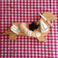 Dachshund Breadboard/Cutting board by RedBarnAustralia on Etsy