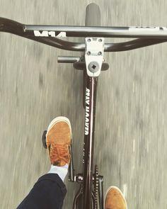 Its hard to describe the feeling. - Bmx Bikes - Ideas of Bmx Bikes - Its hard to describe the feeling. Cycling Quotes, Cycling Tips, Cycling Art, Cycling Jerseys, Mountain Bicycle, Mountain Biking, Vintage Bmx Bikes, Best Bmx, Bmx Street