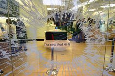 Apple store window display - bursting glass from new ipod hi-fi Cafe Door, Window Display Retail, Apple Brand, Shabby, Branding, Store Windows, Shop Front Design, Window Design, Work Inspiration
