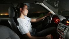 Cellphone use, fatigue and driving inexperience all contribute to the likelihood that a teenager will crash his vehicle after dark, but following these 5 tips could decrease the risk.