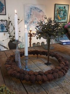 Billedresultat for Tage Andersen jul Christmas Home, Xmas, Christmas Ideas, Advent, Flower Artists, Fall Deco, Pine Cone Crafts, Pine Cones, Table Arrangements