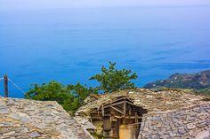 """Οδ. Ελύτης""""Πρόσεχε να προφέρεις καθαρά τη λέξη θάλασσα έτσι που να γυαλίζουν μέσα της όλα τα δελφίνια.Κι η ερημιά πολλή που να χωρά ο Θεός κι η κάθε μια σταγόνα σταθερή στον ήλιο ν' ανεβαίνει.. Greek Quotes, Conceptual Art, Printmaking, Greece, Most Beautiful, Poetry, Fine Art, Island, Explore"""