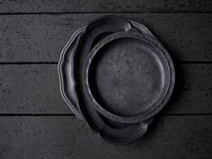 Old Pewter It Soothes Me Just To See Love The Patina And Feel What A Great Way Present Special Desserts Or Cheeses