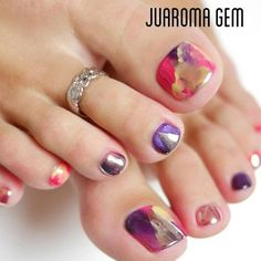Having short nails is extremely practical. The problem is so many nail art and manicure designs that you'll find online Pedicure Designs, Pedicure Nail Art, Toe Nail Designs, Toe Nail Art, Manicure And Pedicure, Pedicure 2017, Pedicures, Pretty Toe Nails, Love Nails