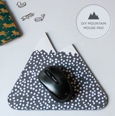 diy mountain mouse pad. so cute!