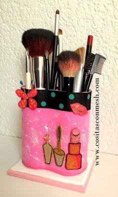 Porta maquillaje con rollos de papel higienico : cositasconmesh